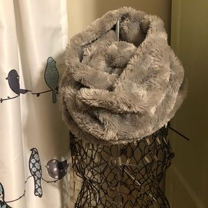 Silver Faux Fur Infinity Scarf by Calvin Cline